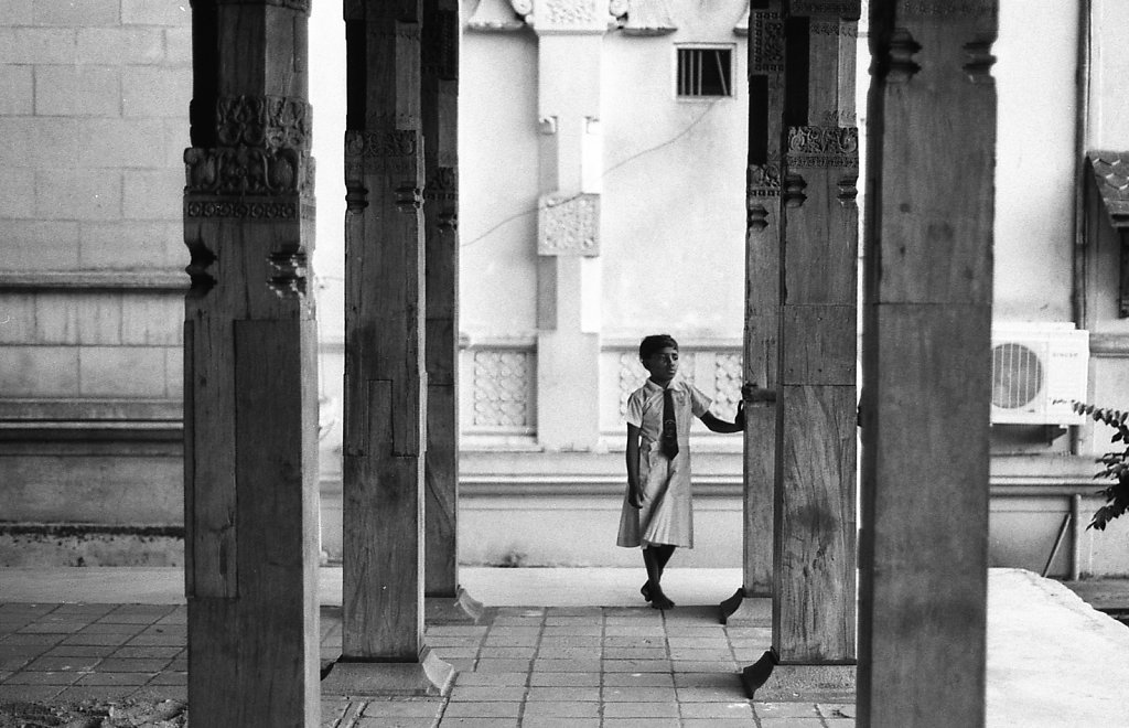srilankaWomen-2013-low-16.JPG