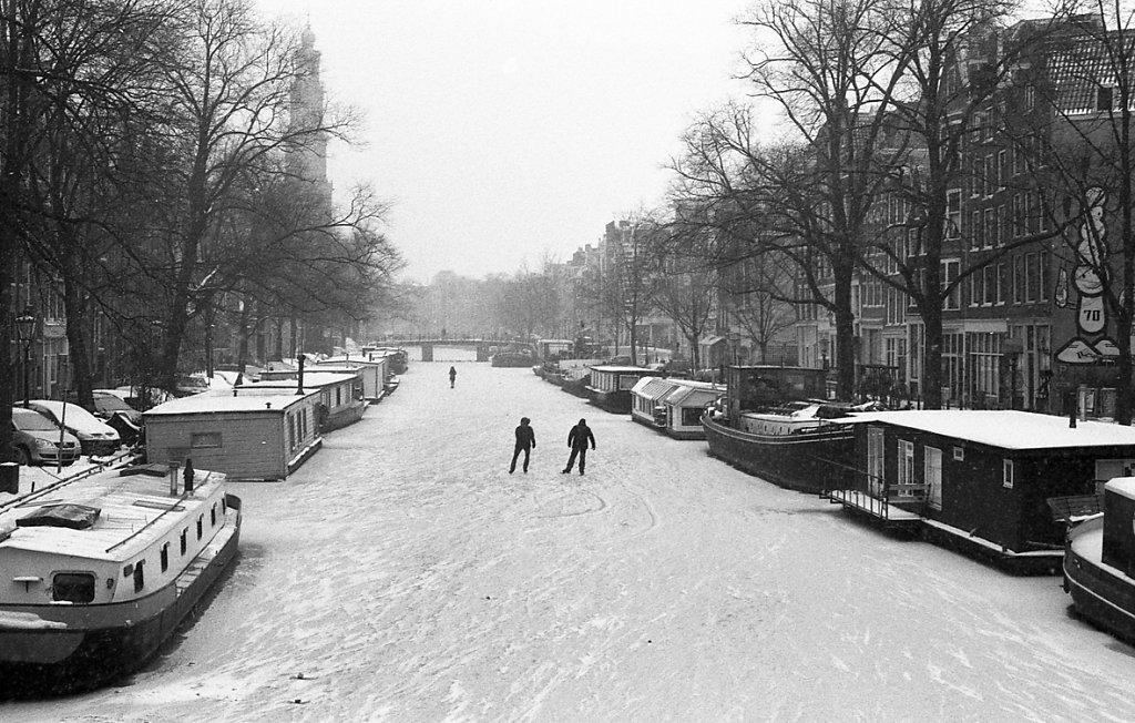amsterdam-low-3.JPG